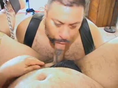 Bear Dirty Paws