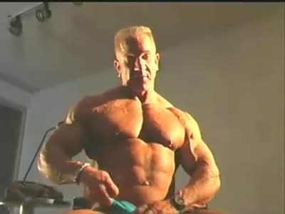 Sexy Muscle Daddy 2