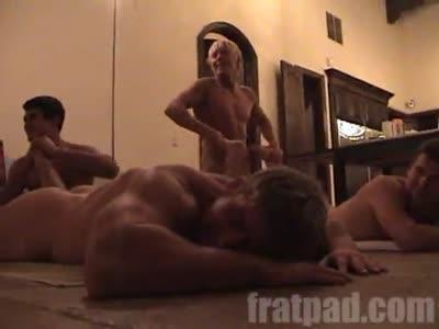 Fratmen Fetish Massage