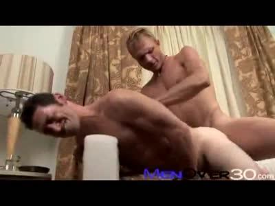 Ari Silvio & Troy Hals