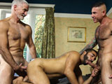 Hot Muscle Dad 3-way ||