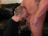 Gay Porn from newyorkstraightmen - Body-Builder-Bj