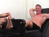 gay porn Seamus || Seamus came into my vision a few months back as he kicked back for a photo shoot in order to show off his hot body and amazing size 13 feet. He's back at MyFriendsFeet, but this time I talked him into being tied up and tickle tortured on video!