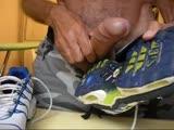 gay porn Tennis Shoe Wank || Wanking and Cumming on My Nike Tn Sneakers