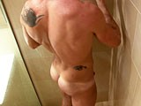 gay porn Mature Muscle Hunk || Porn star David Korben taking a shower.