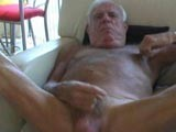 Johnny Jerks His Old Cock ||
