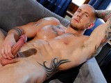 6 Foot 4 Bodybuilder Harley Everett Is One Huge Man. With His Broad Chest, Massive Pecs and Biceps, Plus His Shaved Head and Major Tattoos, He Is One Imposing, Hard Fucker. After Chatting About His Bodybuilding, He Oils Up His Muscles, Flexes for Us, Then Shows Off His Big Meaty Uncut Dick Before Shooting Really Hard. Super Hot.<br />