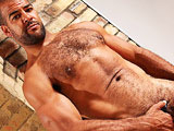 Butch Dixon Presents a hot bear, Roman Wright