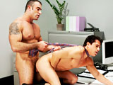 gay porn Spencer Overpowers Aj || Muscled Man Spencer Overpowers AJ and Throws Him On The Desk
