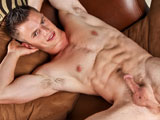 gay porn Aaron Reynolds || New cummer Aaron Reynolds blows a nice load on his stomach
