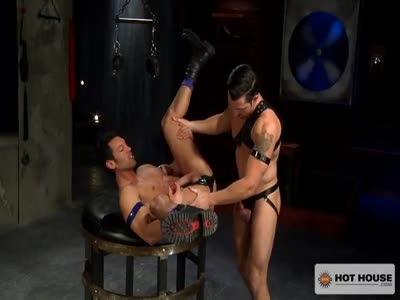 The Sub - Scene 1 - Gay Hunk