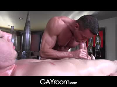 Gayroom Older Mass - Gay BodyBuilder