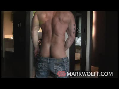 Mark Wolff - Damon Dam - Gay BodyBuilder