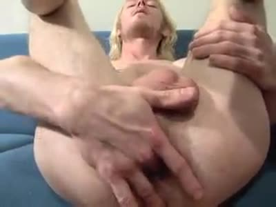 Toby Grace Strokes - Gay Jerkoff