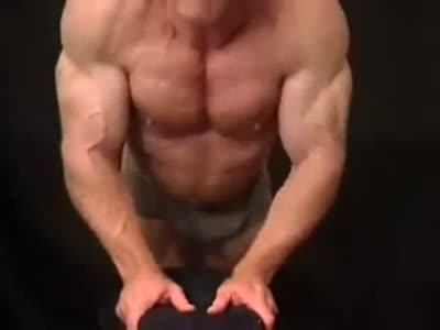 Sexy Muscle Daddy