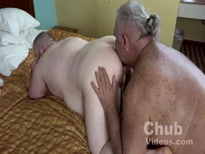 On Daddies Back - Gay Bear Sex