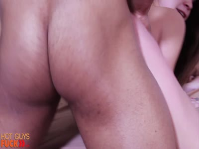 Ripped Muscle Stud - Breeder Gay Porn
