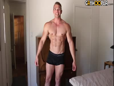 Huge bodybuilder gay porn