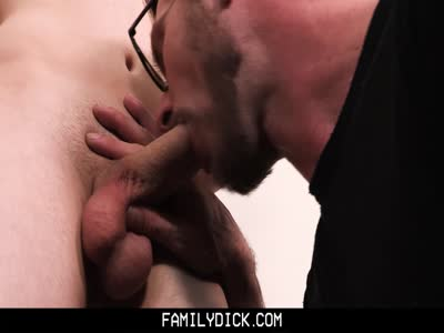 Kissing Cousins Ch - Gay Hunk