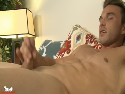 Ryan Williams - Gay Hunk
