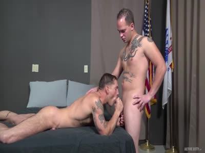 Richard Buldger And Mi - Gay Military Sex
