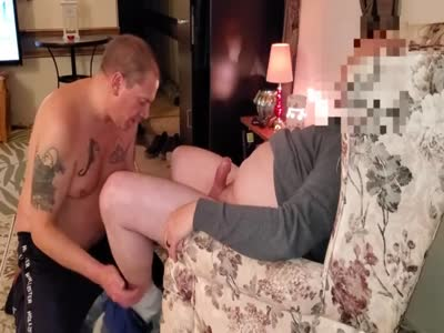 Sucking A Guy - Amateur Gay Sex