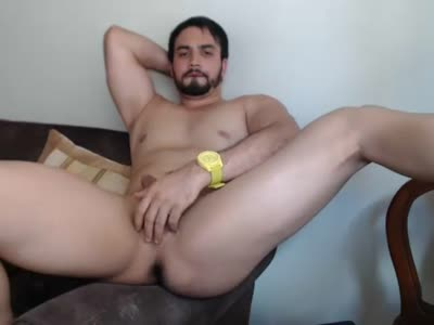 Latin Guy Stroking Off - Amateur Gay Sex