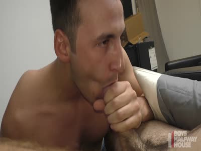Jizz For Breakfast - Gay Frat boy