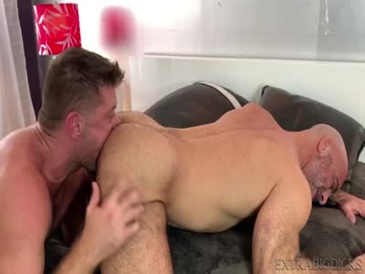 Big Dicks Deep Inside - Bareback Gay Sex