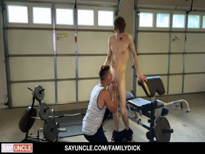 A Real Workout - Bareback Gay Sex