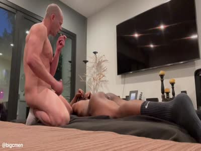 Insanely Hot Fan Fuck  - Bareback Gay Sex