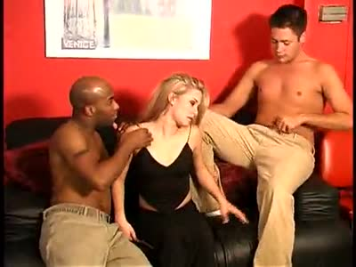 Bisexual Threesome - Bisexual Men