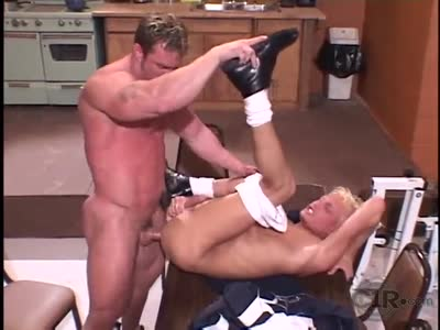 Caesar Fucks Blond - Gay BodyBuilder