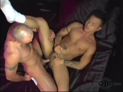Fucking Brandon Le - Asian Gay Sex