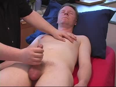 Roger - First Contact - Older Gay Men
