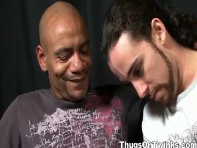 Gay Dude Sucks Cock - Interracial Gay Sex