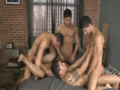 5 Guys 1 Bed Part  - Gay Orgy