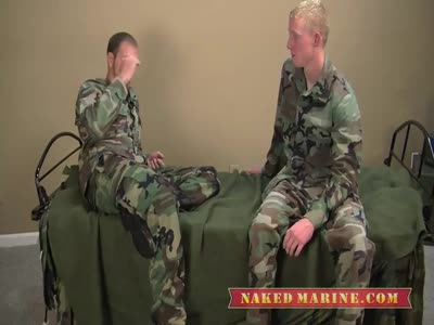 Two Sexy Privates Serv - Gay Military Sex