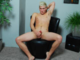 Gay Porn from CollegeDudes - Brandon-Bloom-Busts-A-Nut