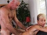 The-Twink-Needs-Extra-Cash - Gay Porn - Phoenixxx
