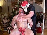Christmas-With-Max-And-Tank - Gay Porn - buffandbound
