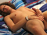 Gay Porn from AmateursDoIt - Jonnys-Amatuer-Solo