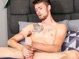 Rick-Hazard-Bust-A-Nut - Gay Porn - brokestraightboys