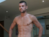 Rufus-Shows-His-Ripped-Body - Gay Porn - englishlads