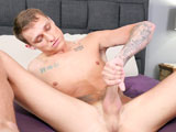Brad-Steele-Jerks-Off - Gay Porn - brokestraightboys