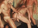 Hell Room - Titan Men