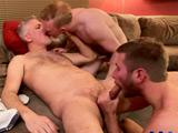 3 Guys 1 Hairy Hole - Maverick Men