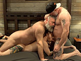 Little Red Riding Coc.. - Muscle Bear Porn