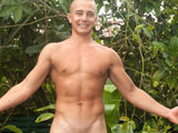 Massive-18-Year-Old-Brett - Gay Porn - islandstuds
